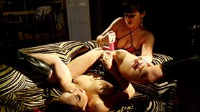 Sexy Sofa Loving (ft. Amanda Rendall, Denni Taylor)