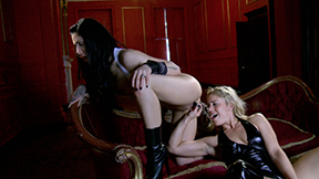 Filthy flickers with Reede Fox and Tammy Oldham